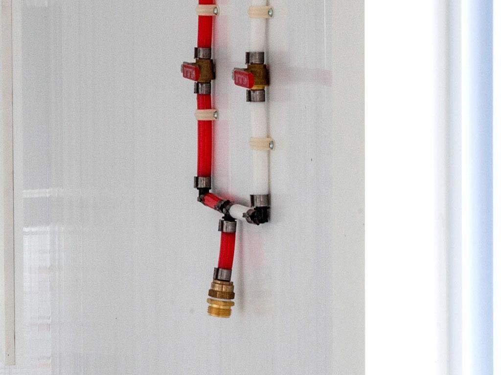 hose port dog kennel options