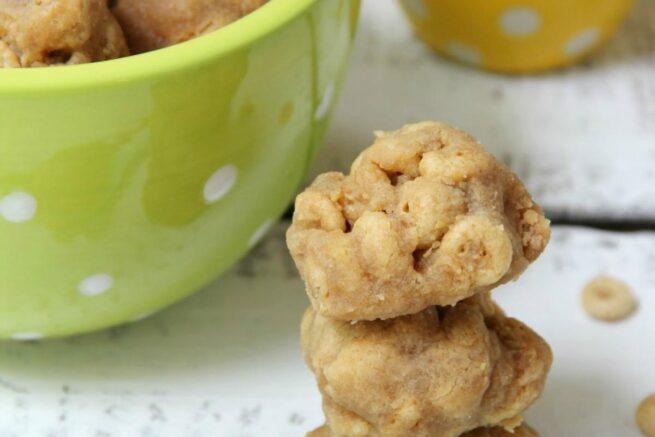 homemade peanut butter cheerio dog treats bitzngiggles